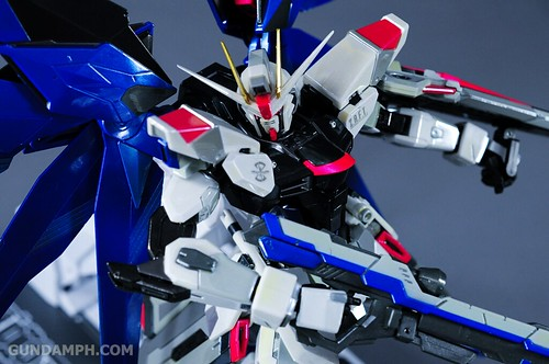 Metal Build Freedom Gundam Prism Coating Ver. Review Tamashii Nation 2012 (49)