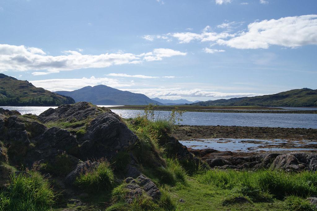 Loch Alsh et l'île de Skye depuis Eilean Donan