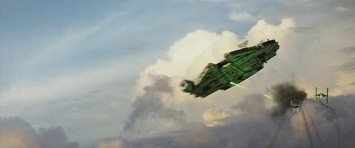 Star Wars: The Last Jedi..The Millennium Falcon..Photo: Film Frames Industrial Light & Magic/Lucasfilm..©2017 Lucasfilm Ltd. All Rights Reserved.