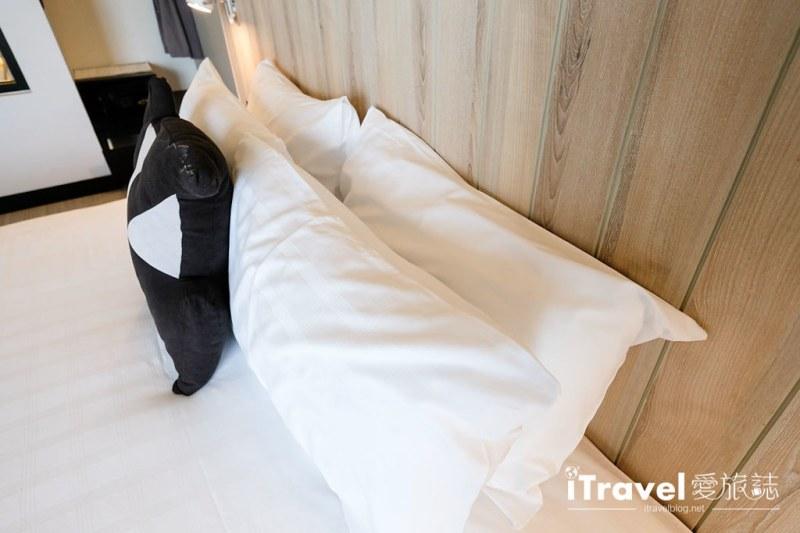 《芭达雅酒店推介》芭堤雅缇克斯第五酒店 Tsix5 Phenomenal Hotel:运动设施齐全的临海景观舒适大空间,2015年全新开业
