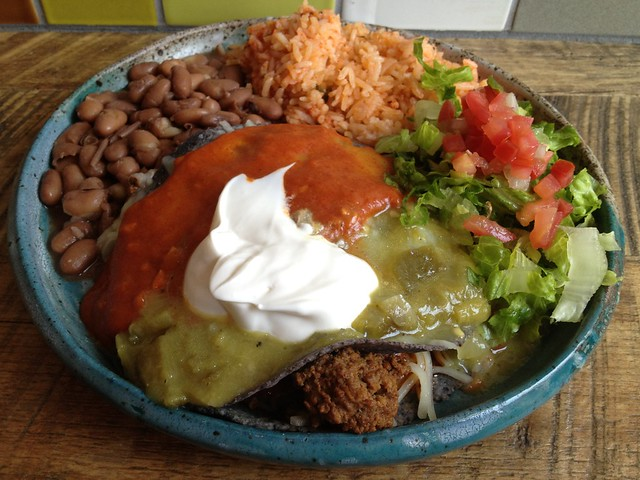 Beef flat enchilada - Chile Pies