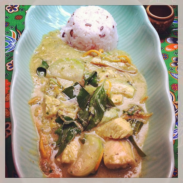 Thai Green Curry with Steamed Rice