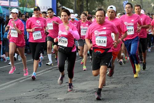 Carrera Huellas2013 contra el cancer de mama