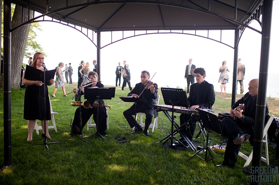 An Outdoor Wedding Ceremony At London S Hunt Club: Toronto Hunt Club Summer Wedding Photography As Seen On
