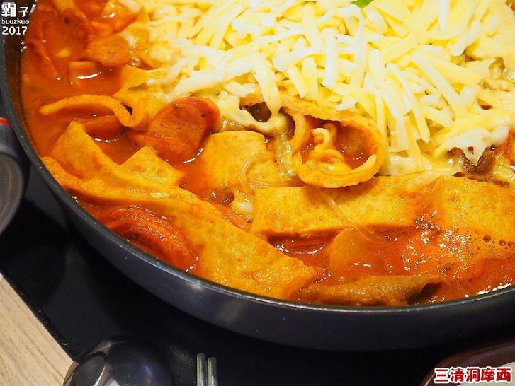33462335856 df71e933a0 b - 【熱血採訪】三清洞摩西年糕鍋,醬料原汁原味韓國進口,辣辣der~