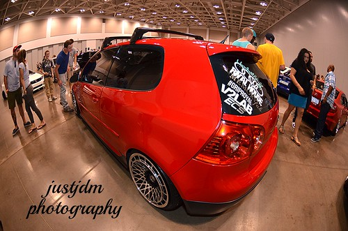 red slammed vw golf (2)