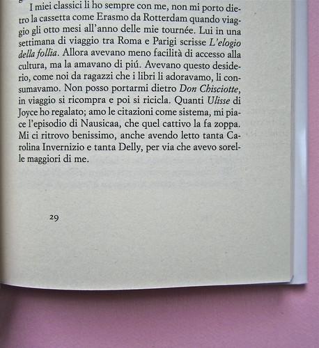 Alfabeto Poli, a cura di Luca Scarlini. Einaudi 2013. [resp. graf. e iconograf. non indicata]. Fotog. di cop.: ritr. b/n di P. Poli di G. Harari. Pag. 29 (part.), 1