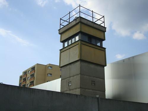 Reste der Berliner Mauer by Jens-Olaf