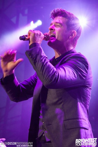 Robin Thicke at Virgin Mobile Freefest 2013.