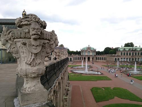 Día 4: Alemania (Dresde: Frauenkirche, Desfile de los Príncipes, Ronda Zwinger, etc. Berlín: llegada y hostel).
