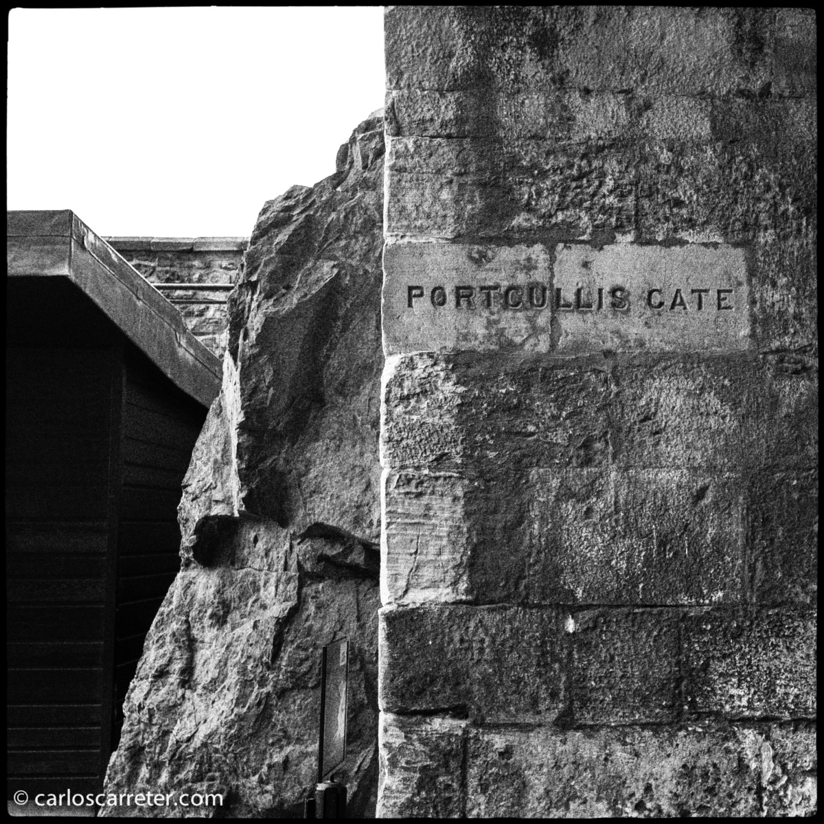 Puerta con rastrillo del Castillo de Edimburgo