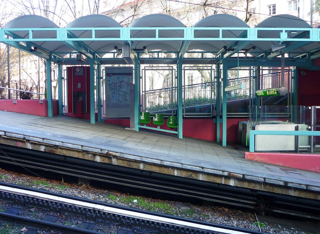Station Croix-Paquet