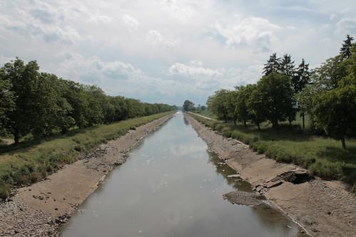 Vraňansko-hořínskí plavební kanál, post flood, towards Vraňany.