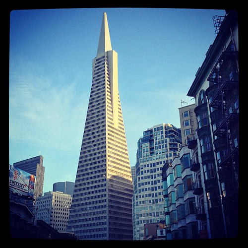 Transamerica Tower seen from North Beach by @MySoDotCom