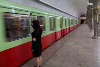 En fluks vertrok onze trein, om de verloren tijd weer in te halen denk ik.