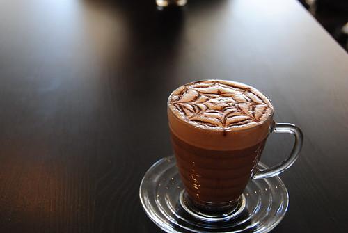 Cafe Lion 001
