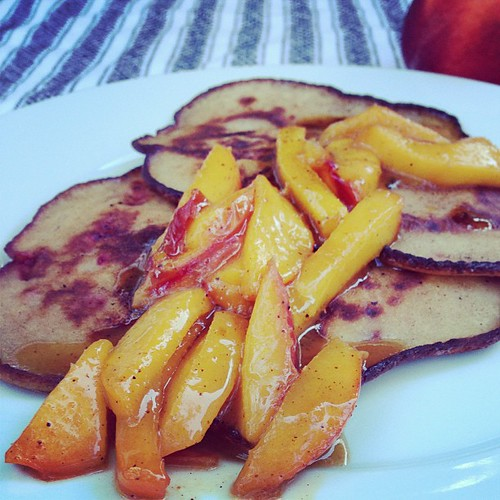 Breakfast al fresco! #glutenfree Strawberry Ricotta Panakes with Sautéed Peaches!