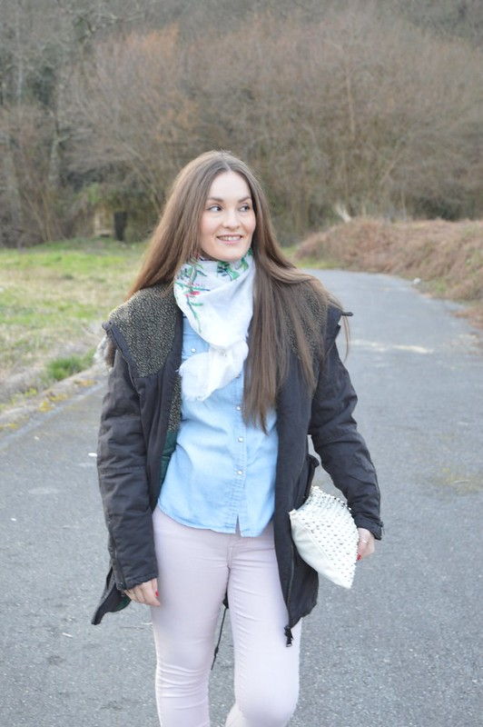 look-parka-gris-lluvia-pull-and-bear (5)