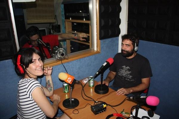Clara y Nacho de His Majesty the King en La Isla de Encanta