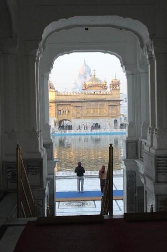 IMG_9599-Amritsar-golden-temple_Small