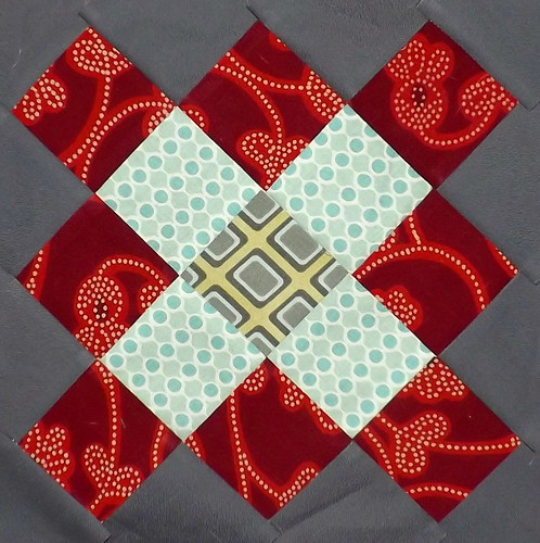 Granny Block Bee 25