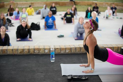 Le yoga, votre nouvel atout en amour ?