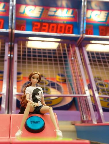 Skee Ball - Ice Ball
