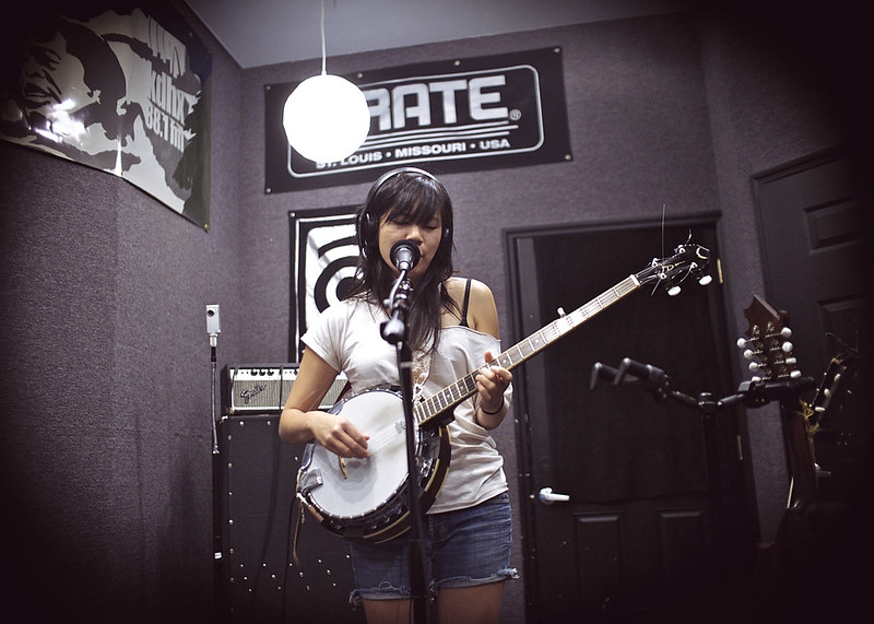 Thao and the Get Down Stay Down @ KDHX