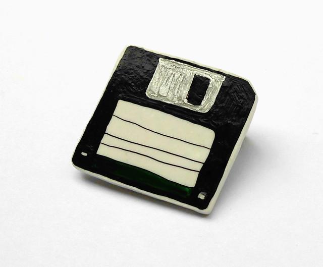 Green floppy disc Brooch 02