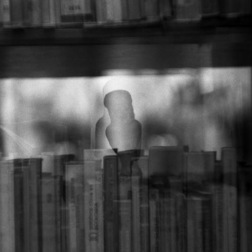 Seres escondidos en nuestras obsesiones by Felipe de la Mar y Sierra
