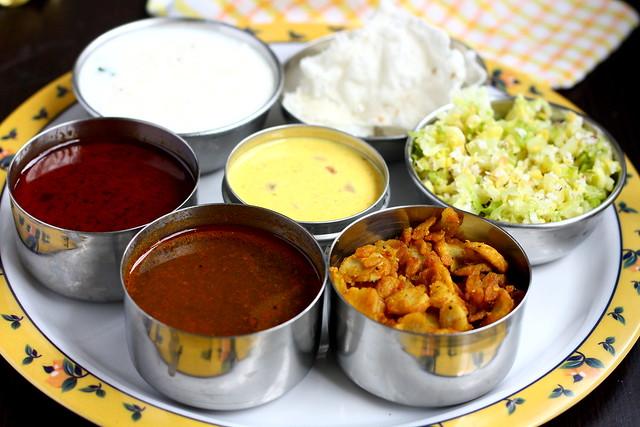 Poondu kuzhambhu lunch