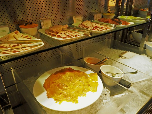 W Hongkong 朝食