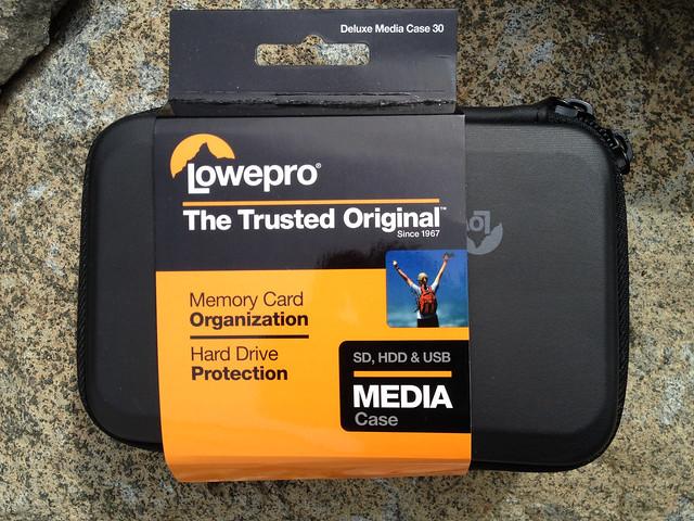 Deluxe Media Case 30