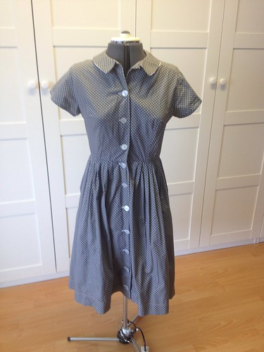 gray Simplicity 5232 front
