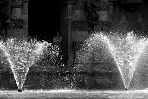 20130807-45-B+W_Fountains at top of the staircase waterfall - Chatsworth by gary.hadden