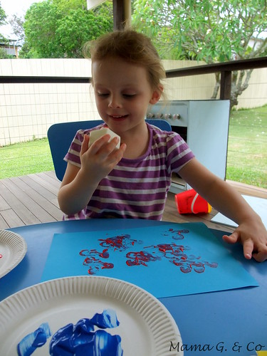 Activity a day #4 - Stamp painting (2)