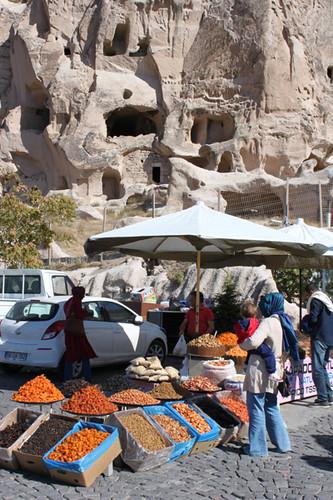 IMG_7555-Uchisar-market-stall
