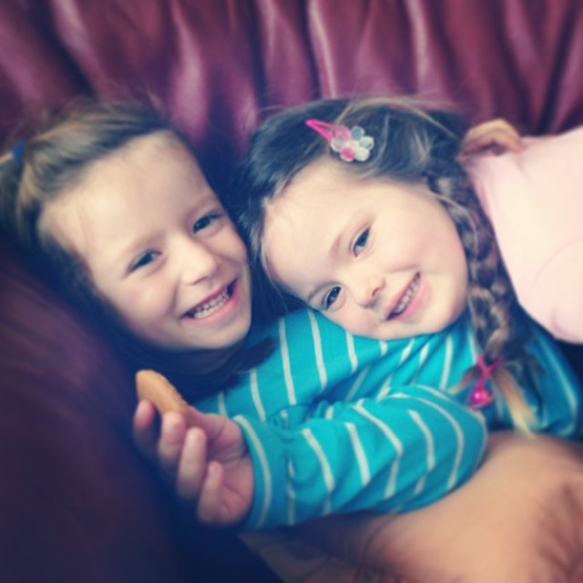 My girl and her second cousin. There is only 3 months in age between them. So lovely too see them playing like besties together and having a sleep over at their great Granny's house together. Makes this big upheaval all feel worth it ❤❤ #theresnothingquit