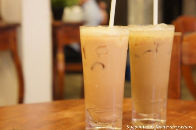 10.fierce curry teh ais, nescafe ice