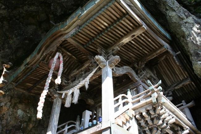 2013-09-22_14.17.21.0_北海道で一番危険な神社-太田山神社_shrine_hokkaido_japan