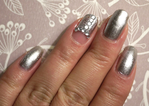 Holiday Nails Silver Baubles