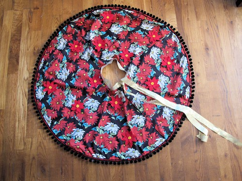 Christmas Tree Skirt/LT Skirt