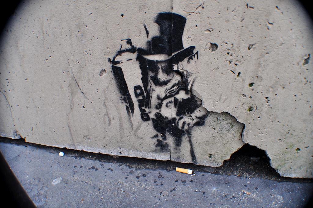 Gold spray stencil