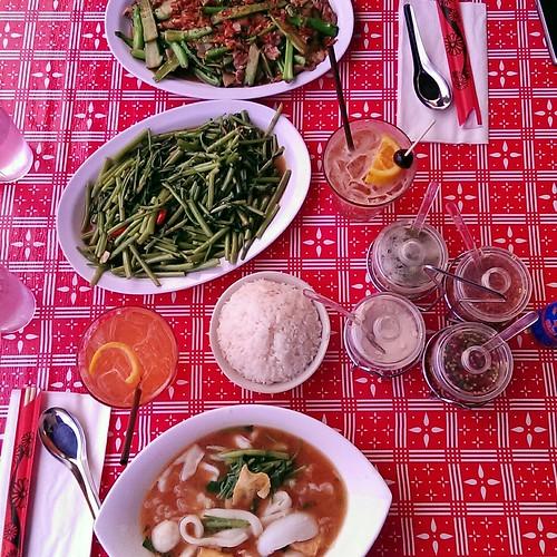 First dinner in PDX: Sen Yai