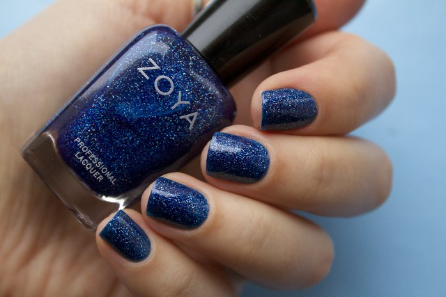 04 Zoya Dream