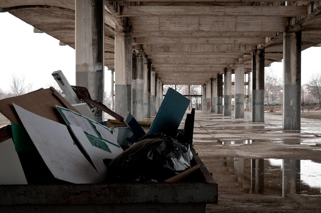 Hangares abandonados UAH (X)
