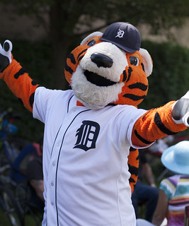 Paws the Tiger: Face of the Detroit Tigers - Family Fest 2013