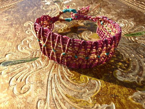 macrame bracelet by marianna micherina