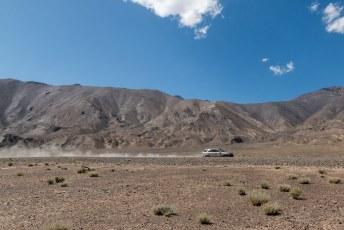 Met de vlam in de pijp scheurden we door de bergpas terug naar Murghab.