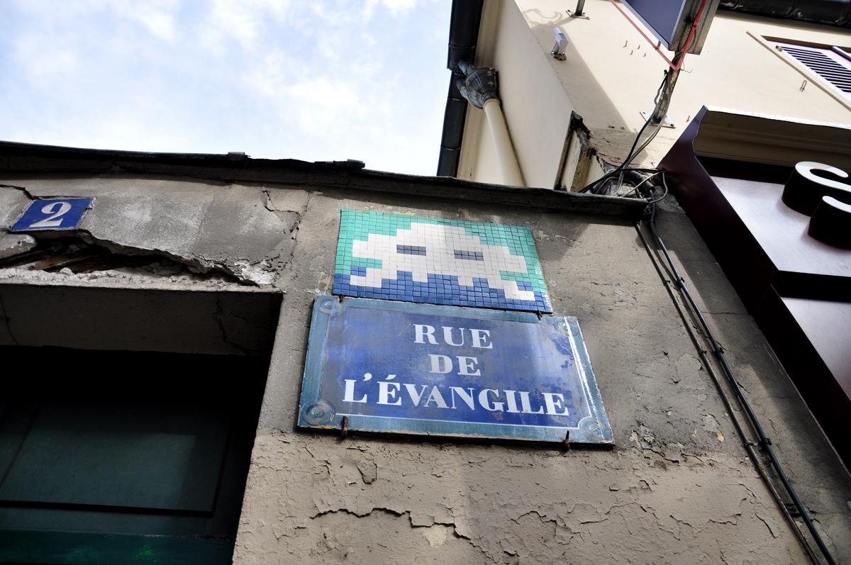 Space Invader Rue de l'Évangile